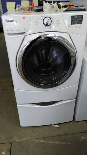 """Whirlpool duet stream """"washer/dryer"""" (white) for Sale in Cleveland, OH"""