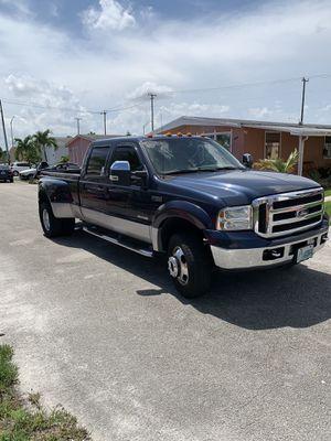 Ford 350 súper dutty 4x4 7.3 L for Sale in Hialeah, FL