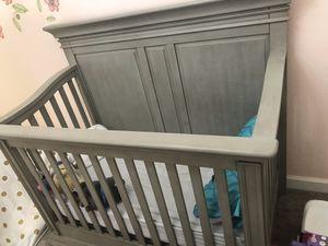Convertible crib for Sale in Homestead, FL
