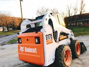 Price💲2000 Bobcat 2010 Wheel S175 for Sale in Hartford, CT
