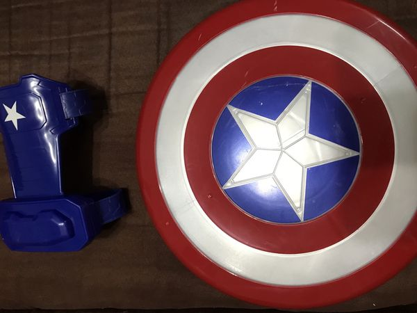 Captain America magnetic shield and gauntlet