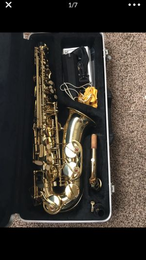 Etude alto saxophone includes everything you need for Sale in Fort Worth, TX