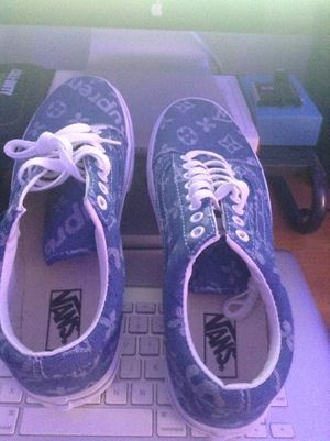 Supreme vans size 10.5 never used for Sale in Clermont, FL