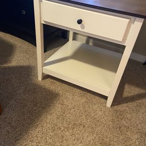 Cream/off White Night Stand/ Side Table/End Table for Sale in Vancouver, WA
