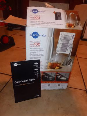 Lowe's Instant Kitchen Sink Hot Water Dispensing System for Sale in Bakersfield, CA