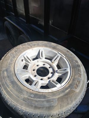 Hummer spare tire for Sale in Los Angeles, CA