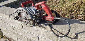 Skilsaw magnesium ...listo pa el jale.... for Sale in Los Angeles, CA