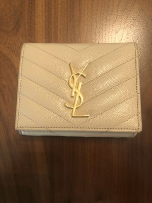 Auth YSL tri-fold wallet for Sale in Los Angeles, CA