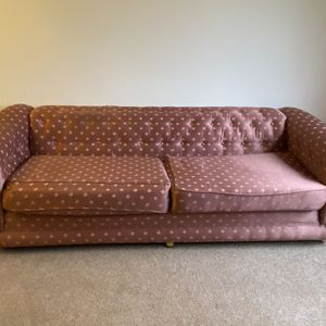 Large Quilted Coach On Casters for Sale in Livonia, MI
