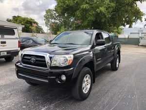 2009 Toyota Tacoma PreRunner clean title $3000 down payment $11998 finance bank for Sale in Miramar, FL