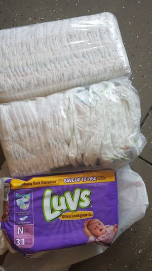 2 pag size 1 one bag size new born for Sale in Mount Juliet, TN