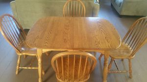 Wooden Dining Table + 5 chairs. for Sale in Pittsburgh, PA