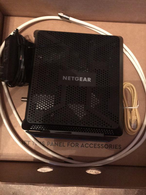 NETGEAR Nighthawk C7000 AC1900 DOCSIS 3.0 Router Modem