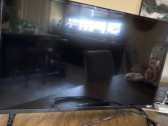 Vizio Smart TV for Sale in Visalia,  CA