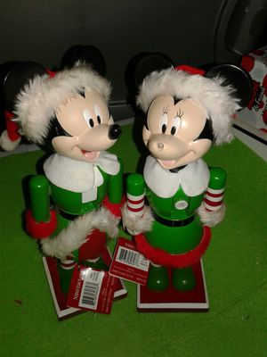 NUCCRACKER CHRISTMAS MICKEY MINNIE NEW WITH TAGS SHE IS JUST MISING THE NOSE IS REPARABLE EASY FINDING LITTLE BLACK BALL AND GLUING IT, for Sale in Miami Gardens, FL
