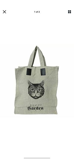 Gucci garden cat tote, linen, limited pre owned excellent condition for Sale in West Islip, NY