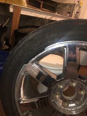 Cadillac Escalade rims and tires 500 for Sale in South Bend, IN