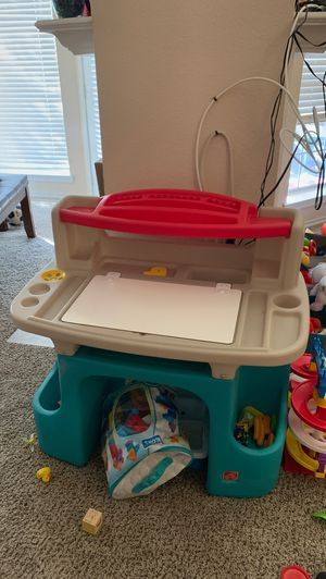 Baby art desk for Sale in Frisco, TX