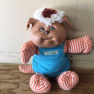 Cabbage Patch Kid Pet With Clothing 25.00 for Sale in Del Sur, CA