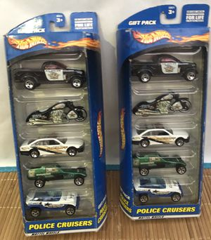 LOT OF 2-2000 Hot Wheels 5 Car Gift Pack Police Cruisers for Sale in Yorba Linda, CA