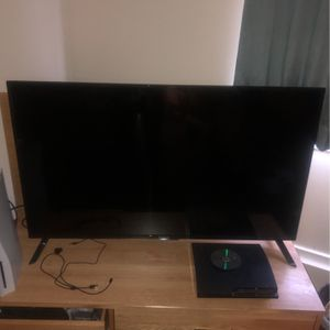 50 Inch Westinghouse Tv for Sale in Syracuse, UT