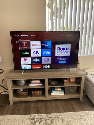 """2017 55"""" 4K Roku TCL Smart LED TV for Sale in Costa Mesa, CA"""