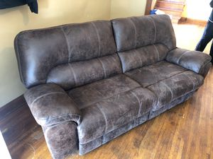 Brown Recliner Sofa for Sale in Columbus, OH