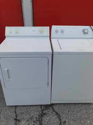 Washer and electric dryer set no issues free delivery and install also haul away your old broken appliances for Sale in St. Louis, MO
