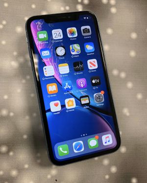 iPhone XR 128gb AT&T, Cricket and Straight Talk AT&T for Sale in Durham, NC