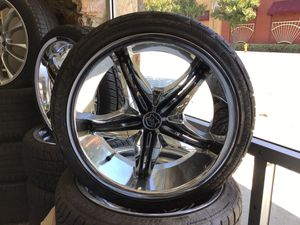 """17inch chrome rims with black accents, tires are like new with 85% tread 205/40/r18 """" 4 LUG UNIVERSAL"""" for Sale in Hayward, CA"""