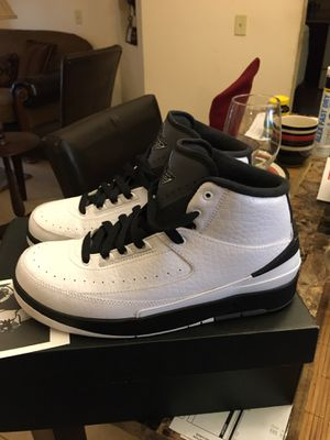 """Air Jordan 2 Retro Size 7y """"used Twice"""" in Box """"Practically New"""" for Sale in Kissimmee, FL"""
