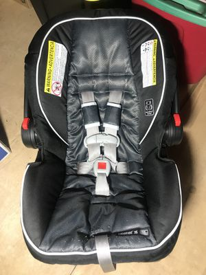 Graco snug ride click connect 35 for Sale in Oregon City, OR