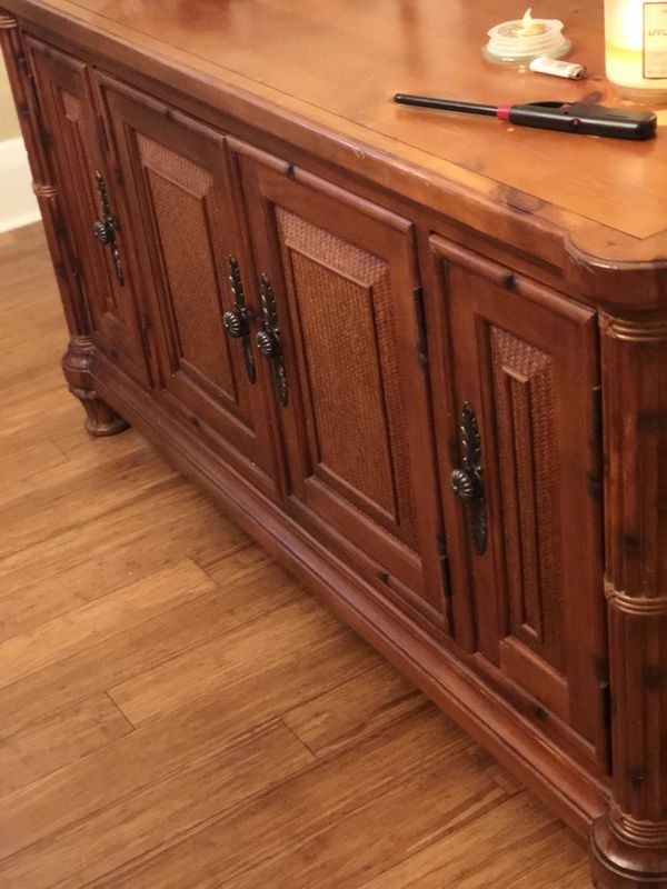 Tommy Bahama Tv stand