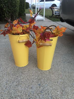 Flower pots or decorations for Sale in Nashville, TN