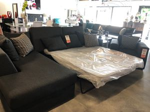 Lsectional sleeper sofa for Sale in Miami Springs, FL
