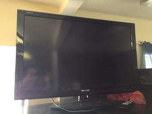 Sharp 40 inch AQUOS led tv for Sale in Lakeland, FL