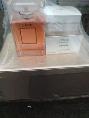 COCO Chanel, Chanel Bleu Men's, Jimmy Cho, Miss Dior and more for Sale in Federal Way, WA
