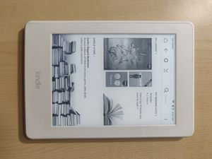 """Kindle Paperwhite, 6"""" Built-in Light, Wi-fi (6th Gen) for Sale in New York, NY"""