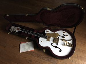 Gretsch Player's Edition G6136-WHT White Falcon for Sale in Sioux Falls, SD