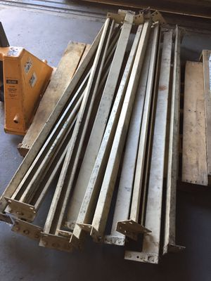 Pallet rack rails for Sale in Corona, CA