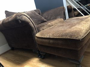 Couch, loveseat, ottoman, pillows for Sale in Greenville, NC