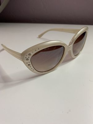 Juicy Couture Sun glasses for Sale in Avondale, AZ