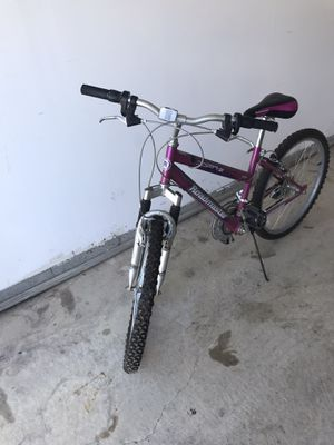 Girls 20inch 18 speed mountain bike for Sale in New Baltimore, MI