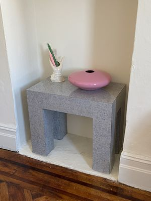 Cute little Mid Century Laminate Formica Side or End Table for Sale in Brooklyn, NY