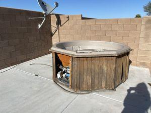 Hot tub for Sale in Maricopa, AZ