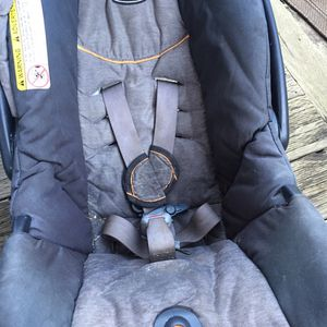 Chicco Infant Carseat for Sale in Tacoma, WA