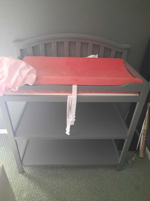 Gray Changing Table with mattress and 2 covers for Sale in GLMN HOT SPGS, CA
