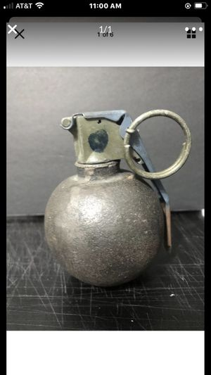 Paper weight 25.00 for Sale in Fort Lauderdale, FL