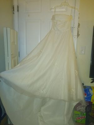 David's Bridal Wedding Gown for Sale in West Union, SC