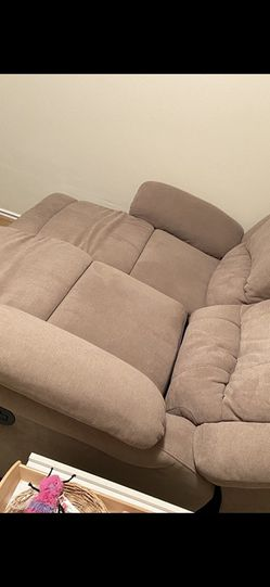 Love Seat Dual Reclining Sofa! for Sale in San Diego,  CA